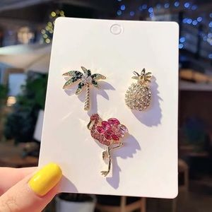 Set of Three Pin Brooch Flamingo Palm Pineapple